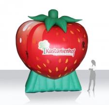 aufblasbare Riesen-Erdbeere Kastanienhof