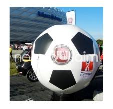 Aufblasbare Riesenbälle - Special MAX Fussball Fiat