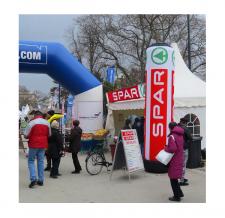 Riesige Werbesäule - Super MAX Spar