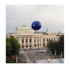 Riesiger Werbe-Ballon - PS4