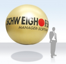 Promotion-Ballon fliegend - Schweighofer