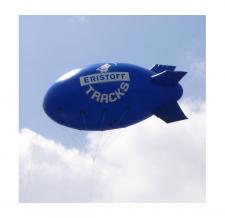 Aufblasbarer fliegender Zeppelin - Eristoff Tracks