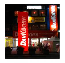 Aufblasbarer Tower beleuchtet - DanKüchen - 800 x 200 cm