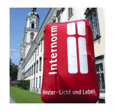 Werbetower aufblasbar - Internorm